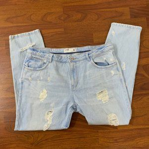Zara Light Wash Distressed Jeans